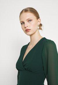 WAL G. - BELLA SLEEVE SKATER DRESS - Cocktail dress / Party dress - emerald green - 3