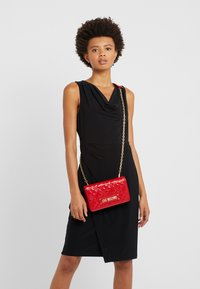 Love Moschino - Pikkulaukku - red - 1