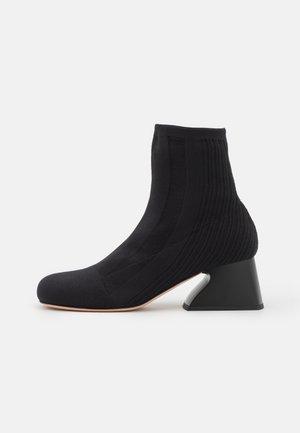CANNETI BOOT - Korte laarzen - nero
