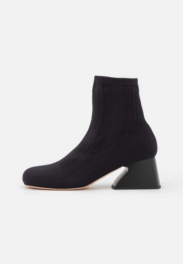 CANNETI BOOT - Classic ankle boots - nero