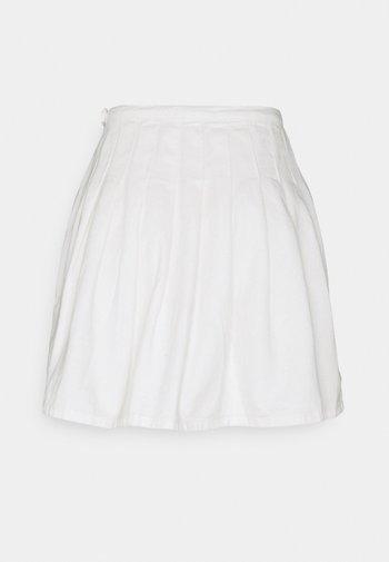 TENNIS SKIRT - Minifalda - white