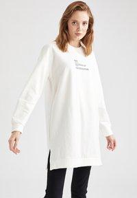 DeFacto - Sweatshirt - ecru - 6