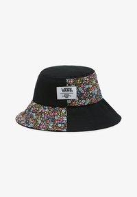 Vans - WM VANS MADE WITH LIBERTY FABRIC HAT - Hat - (liberty fabric) black - 0