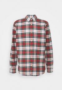 GAP - SLIM OXFORD - Skjorta - stewart plaid red - 0