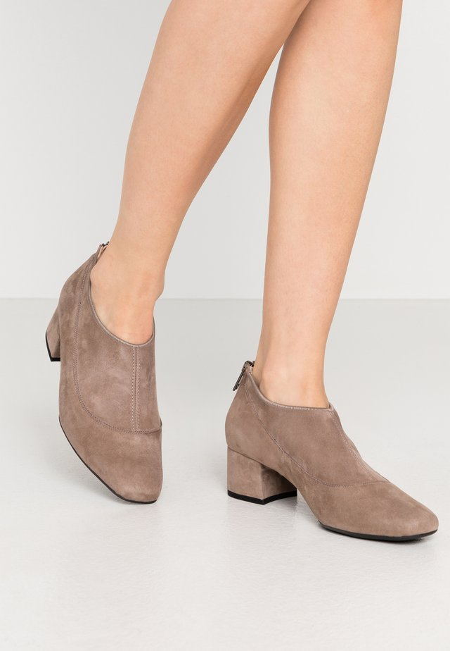 PETRA - Ankle boots - sand