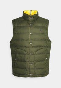 Polo Ralph Lauren - DENVER VEST - Waistcoat - dark sage/slicker yellow - 6