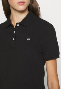Tommy Jeans - Polo shirt - black - 4