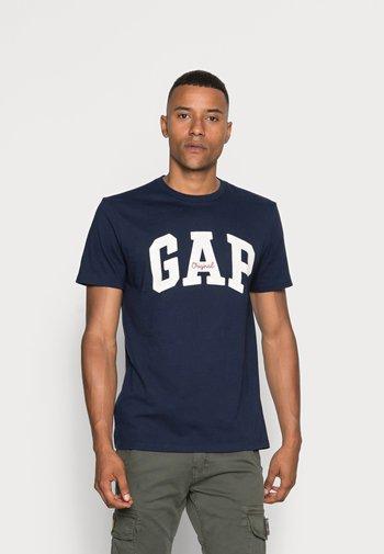 ORIG ARCH  - T-shirt med print - tapestry navy