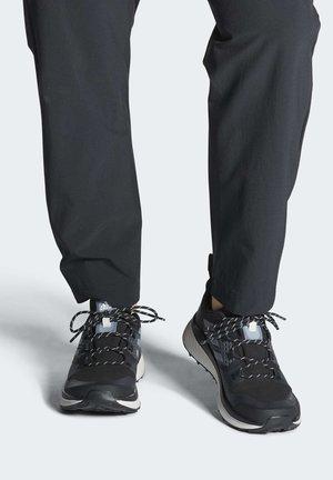 TERREX FOLGIAN HIKER GORE-TEX HIKING SHOES - Chaussures de marche - black