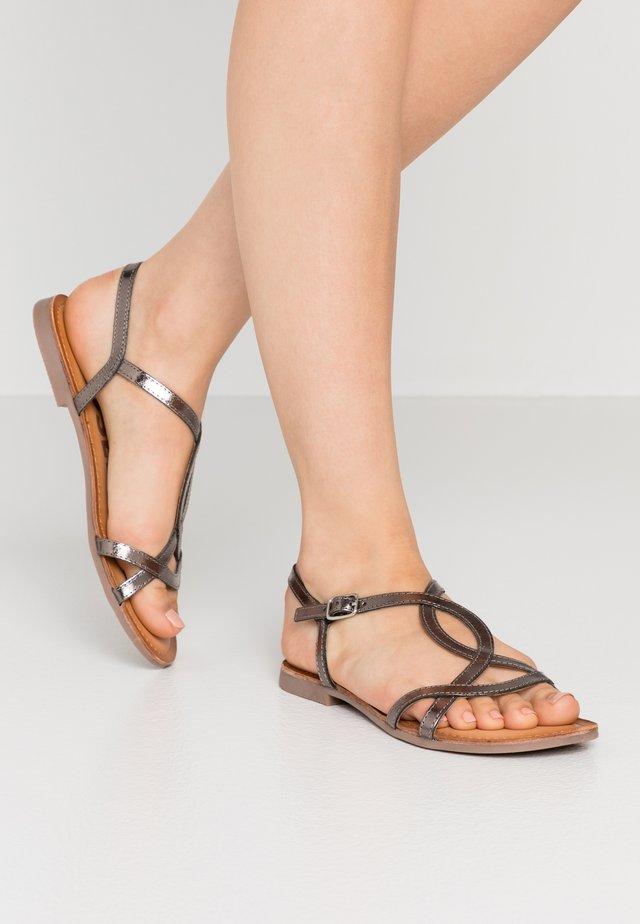 NAVASSA - Sandály - plomo