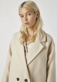 PULL&BEAR - Zimní kabát - beige - 3