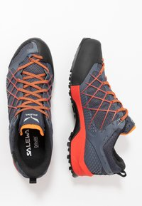 Salewa - MS WILDFIRE GTX - Hiking shoes - ombre blue/fluo orange - 1