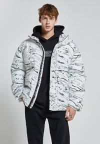 PULL&BEAR - Winter jacket - off-white - 0