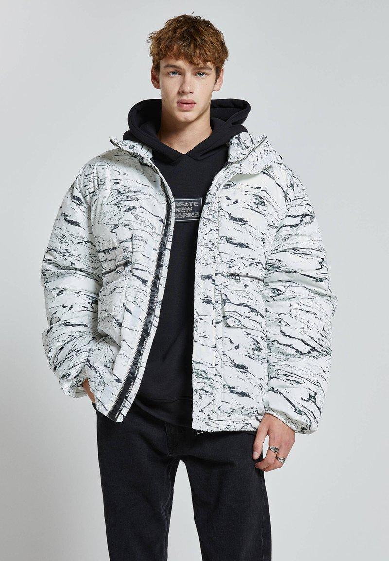PULL&BEAR - Winter jacket - off-white