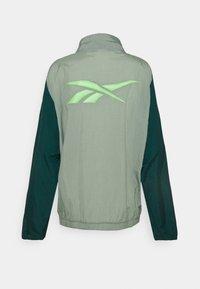 Reebok - OLLIE TRACK JACKET - Trainingsvest - green - 5