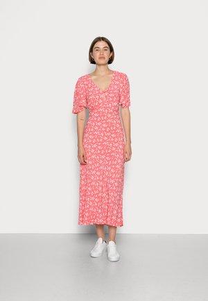 LANA DRESS - Vestito lungo - peach