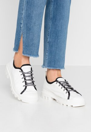 CHIARA - Trainers - white