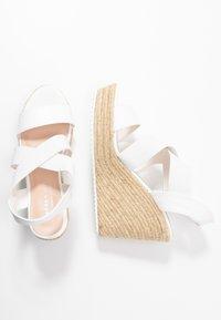 Madden Girl - ROSEWOD - Sandales à talons hauts - white - 3