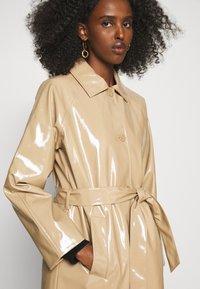 Bruuns Bazaar - JOSETTE GABY COAT - Short coat - roasted grey khaki - 6