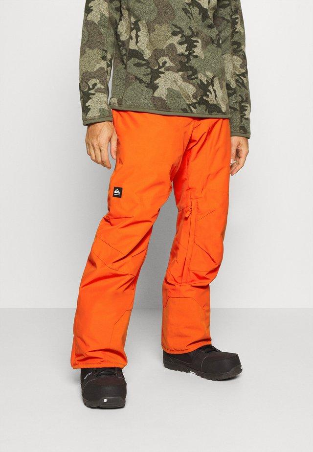 BOUNDRY - Snow pants - pureed pumpkin