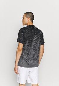 adidas Performance - TEE - Camiseta estampada - grey five - 2