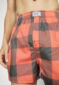Levi's® - MEN CHECK 2 PACK - Boxer shorts - red - 3