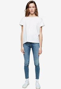 ARMEDANGELS - ILKAA - Print T-shirt - off-white - 1