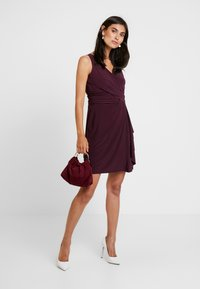 s.Oliver BLACK LABEL - Jersey dress - soul cherry - 2