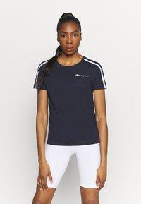 Champion - CREWNECK - Camiseta estampada - dark blue - 0