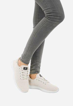 MERINO - Sneakers laag - arctic white