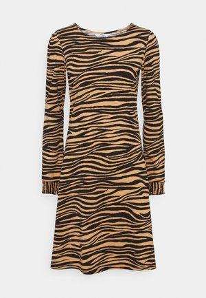 ZEBRA PUFF SLEEVE SUSTAINABLE DRESS - Vestido informal - multi