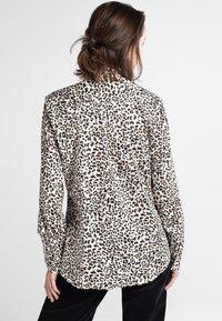 Eterna - MODERN CLASSIC - Button-down blouse - beige/black - 1