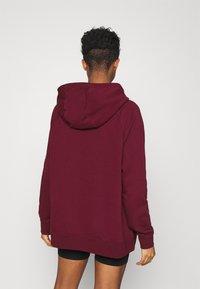 Nike Sportswear - Jersey con capucha - dark beetroot/white - 2