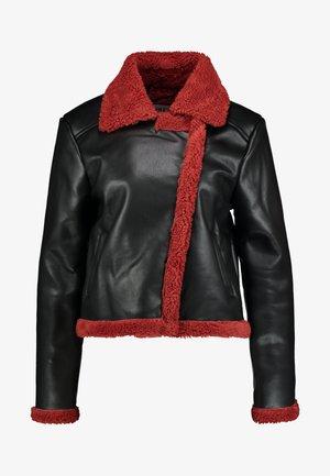 JACKET - Chaqueta de cuero sintético - black/burnt red