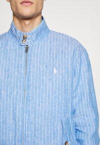 Polo Ralph Lauren - CITY  - Bomber bunda - capri blue/white - 5