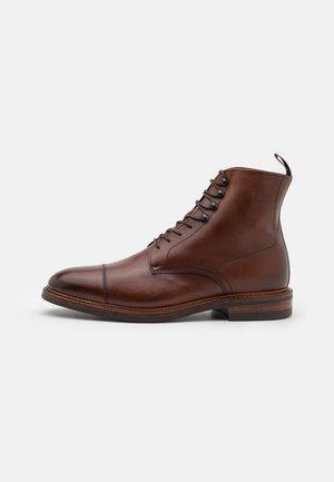DAVID MID - Veterboots - brown