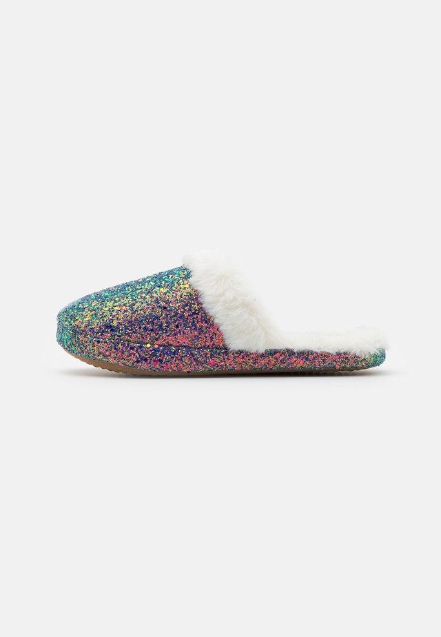 Slippers - mulitcolor irridescent