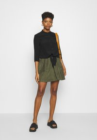 Vila - VICHOOSE  - A-line skirt - forest night - 1