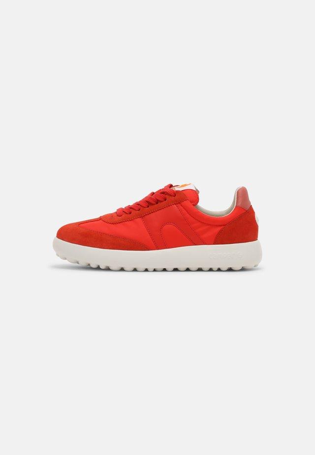 PELOTAS  - Sneakers laag - red