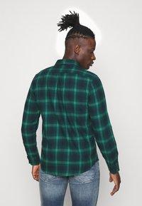 Lee - BUTTON DOWN - Shirt - pine - 2