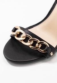 Miss Selfridge Wide Fit - WIDE FIT SHAM CHAIN BLOCK HEEL - Korolliset sandaalit - black - 2