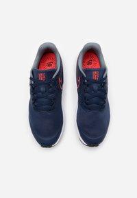 Nike Performance - STAR RUNNER 2 UNISEX - Neutral running shoes - midnight navy/bright crimson/smoke grey/black - 3