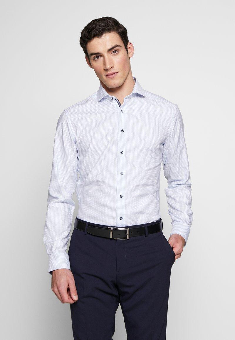 Eterna - HAI-KRAGEN SLIM FIT - Formal shirt - blue