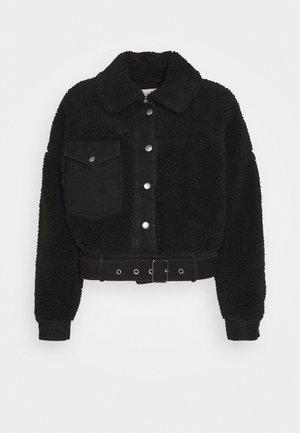 PCMAELYNN JACKET - Winter jacket - black
