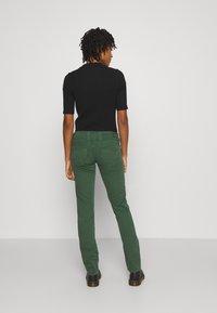Pepe Jeans - VENUS - Trousers - bottle green - 2