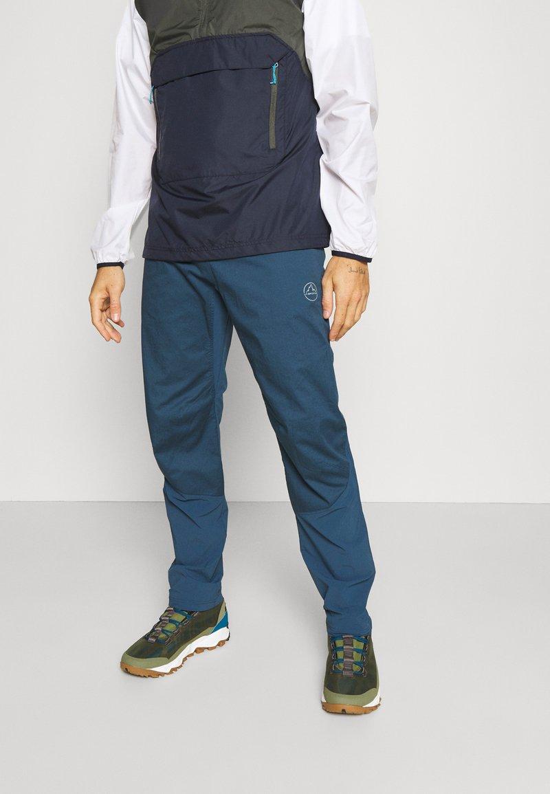 La Sportiva - RISE PANT - Kalhoty - opal