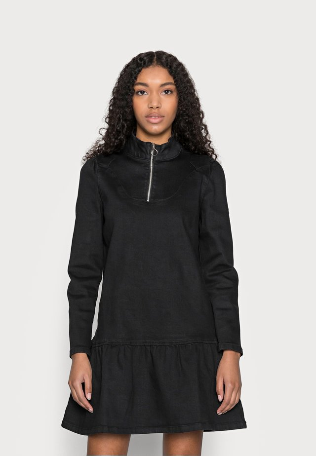 PCGAZALA ZIP DRESS - Sukienka jeansowa - black
