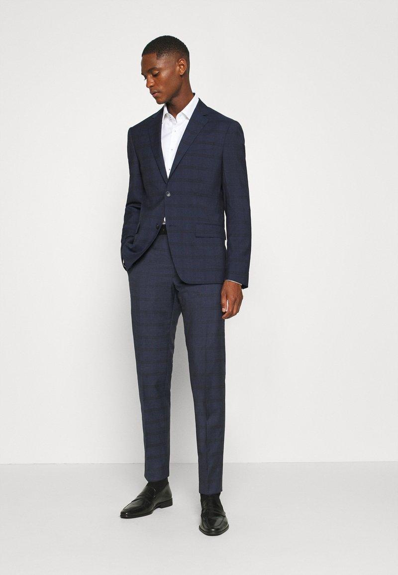 Calvin Klein Tailored - TELA CHECK NATURAL SUIT - Traje - blue