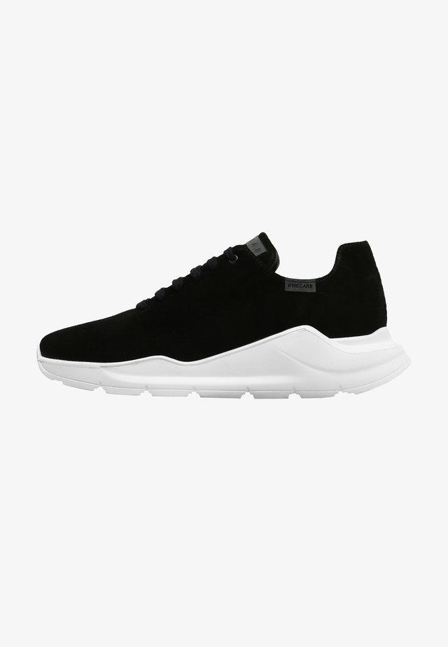 Sneakers - army  black suet