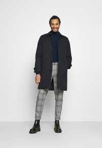 Scotch & Soda - BLAKE CLASSIC PLEATED STRUCTURED - Trousers - combo - 1